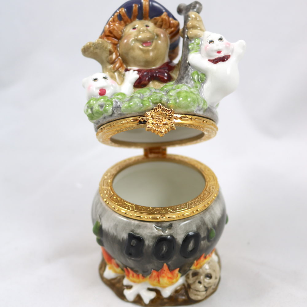 Cauldron Witch with Ghosts Ceramic Hinge Box