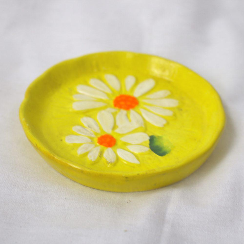 Ceramic Daisy Coaster (70s)